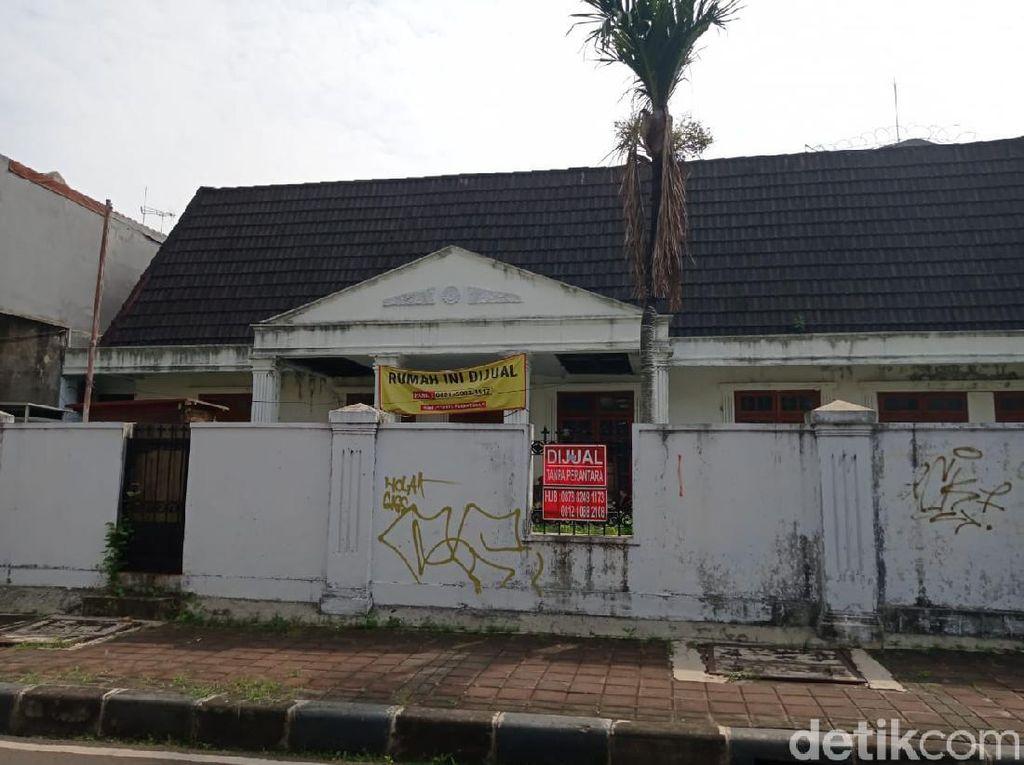 Tak Cuma yang Mewah, Rumah Tua Tak Terawat Juga Dijual di Menteng