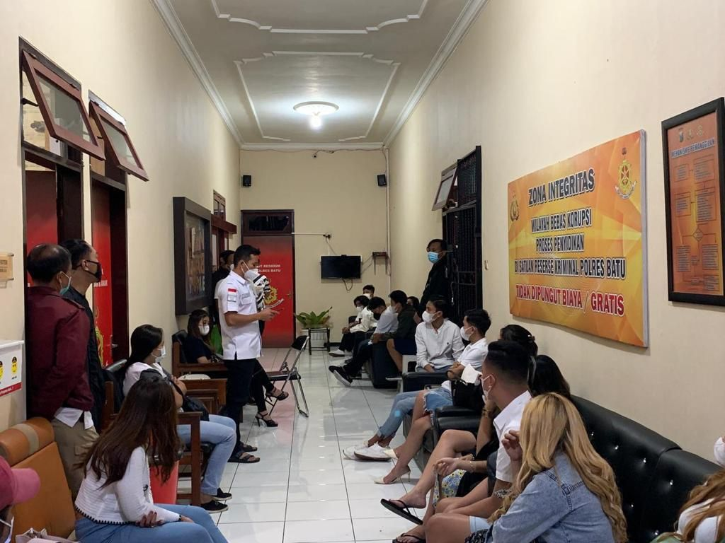 Pesta Ultah dalam Vila di Kota Batu Digerebek, Puluhan Orang Diperiksa