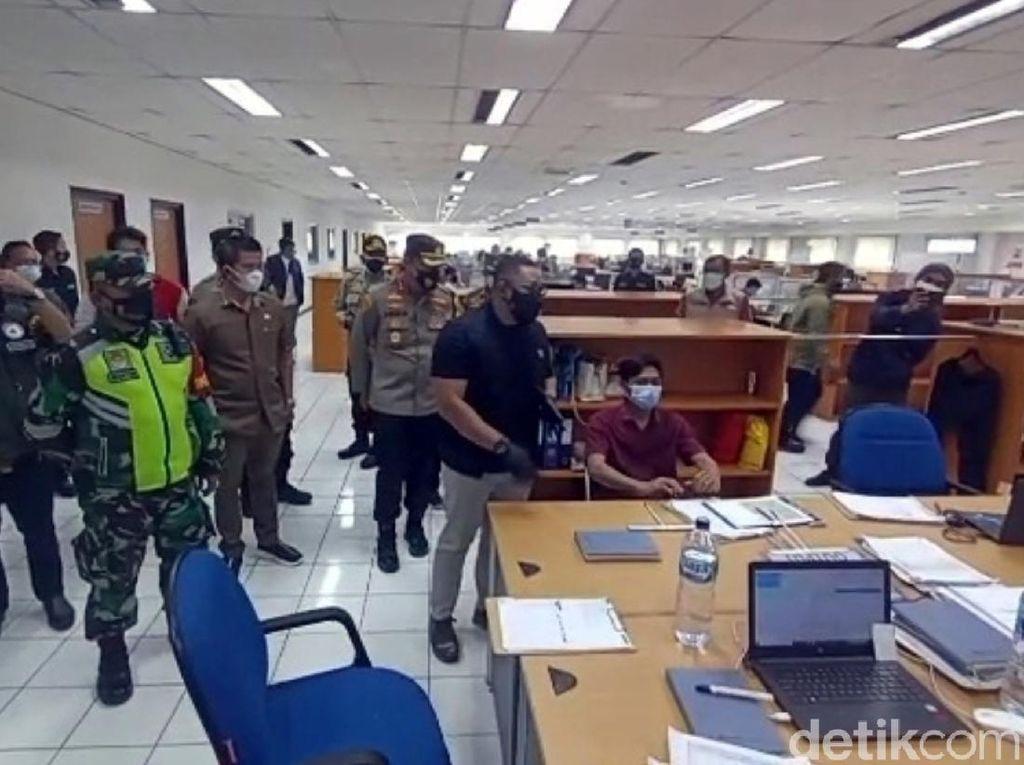 Langgar PPKM Darurat, Pengelola Pabrik Garmen Sukabumi Akan Sidang Yustisi