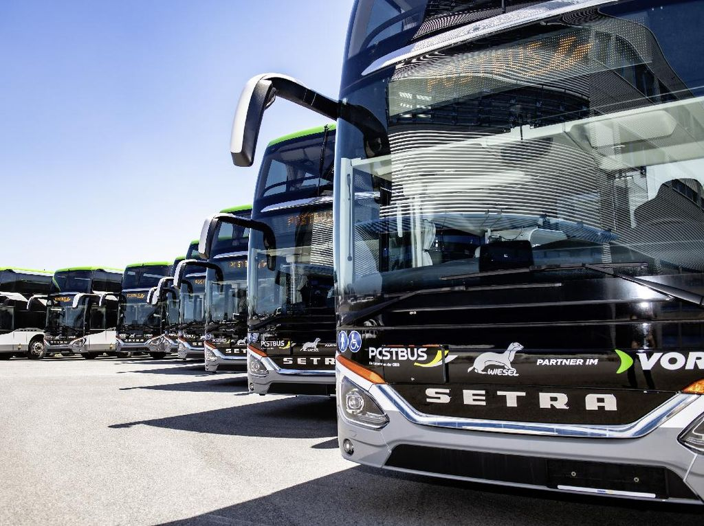 Melihat Bus Double Decker Dalam Kota Terbaru Austria, Cakepnya Bikin Iri!