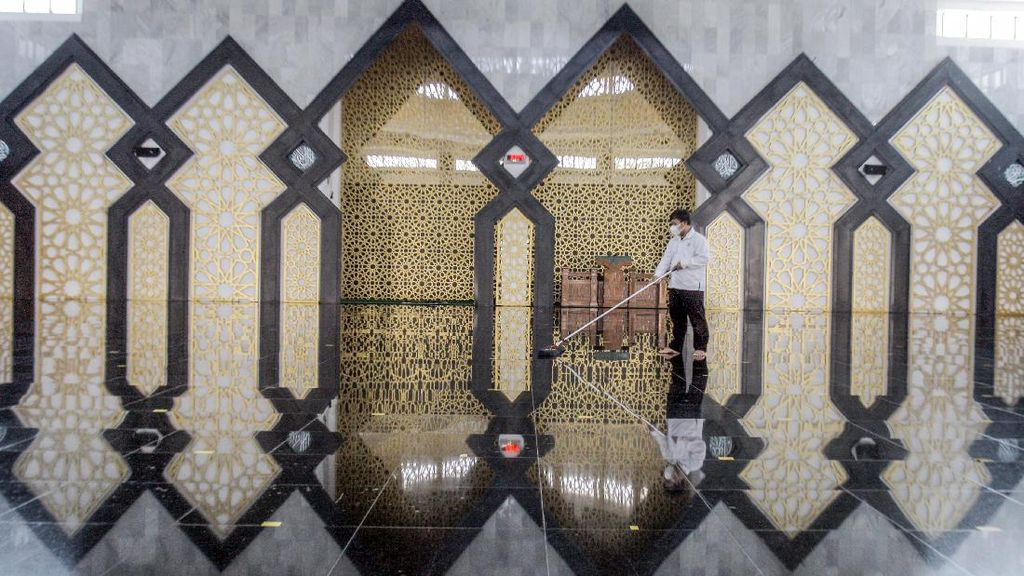 Sejumlah Masjid di Solo-Bogor Tidak Jumatan Hari Ini
