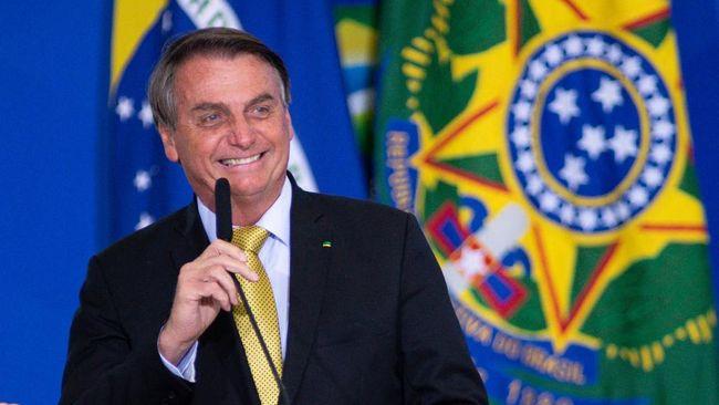 Presiden Brasil Tegaskan Tak Akan Divaksin Corona!