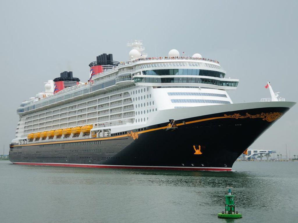 Kapal Pesiar Disney Ajak Wisatawan Makan di Restoran Bertema Marvel