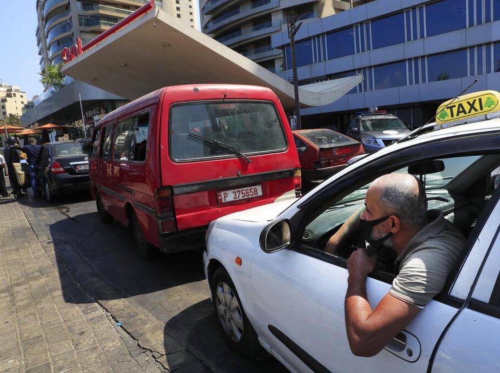Lebanon Lumpuh, BBM Langka-Hidup Tanpa Lampu dan AC Bak di Neraka