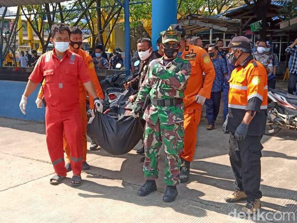 Petugas Kebersihan KMP Sebuku yang Jatuh ke Laut Merak Ditemukan Tewas