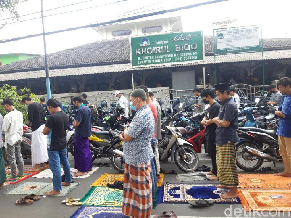Masih Ada Masjid Gelar Salat Jumat di DKI Saat PPKM Darurat