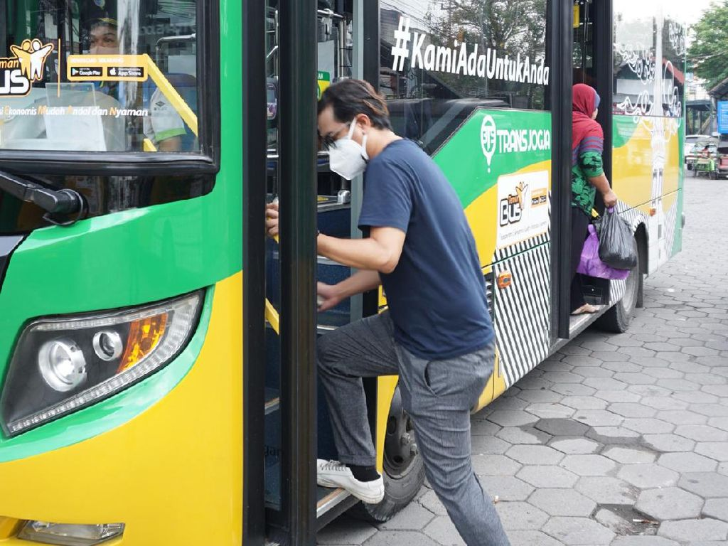 Teman Bus Tetap Beroperasi Saat PPKM Darurat, Kapasitas 50%