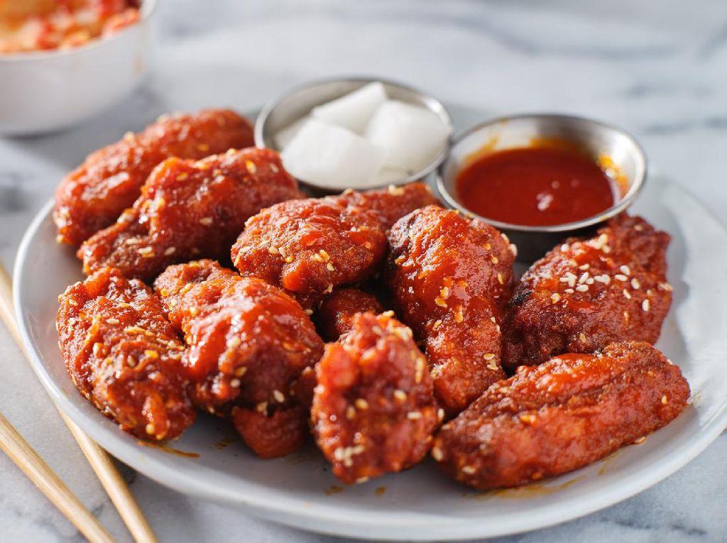 Resep Chicken Wings ala Korea Buat Camilan Nonton Bola