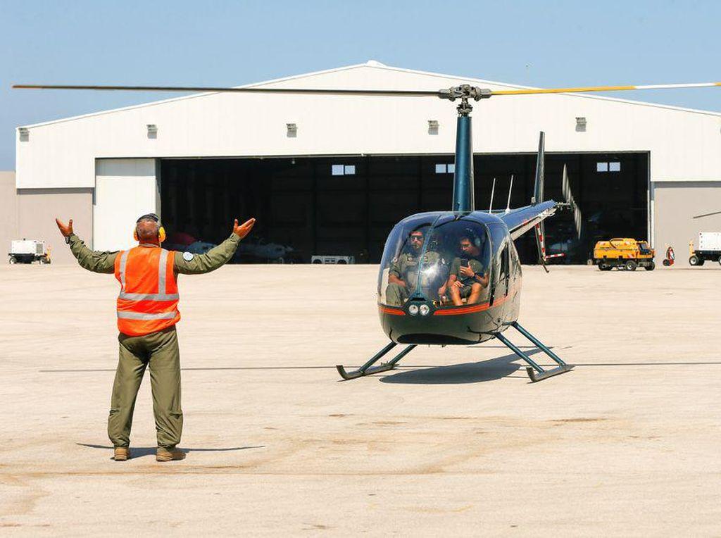 Demi Bertahan, Tentara Lebanon Sewakan Helikopter buat Keliling Kota