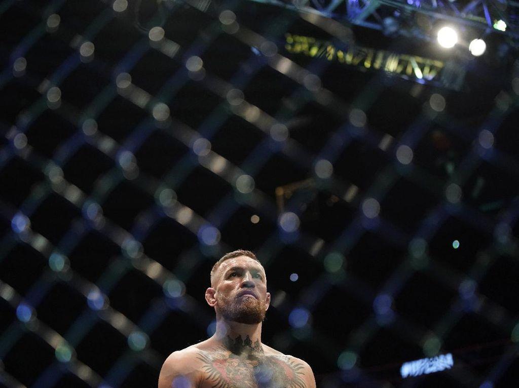 Conor McGregor Kasih Kode Belum Mau Pensiun dari UFC