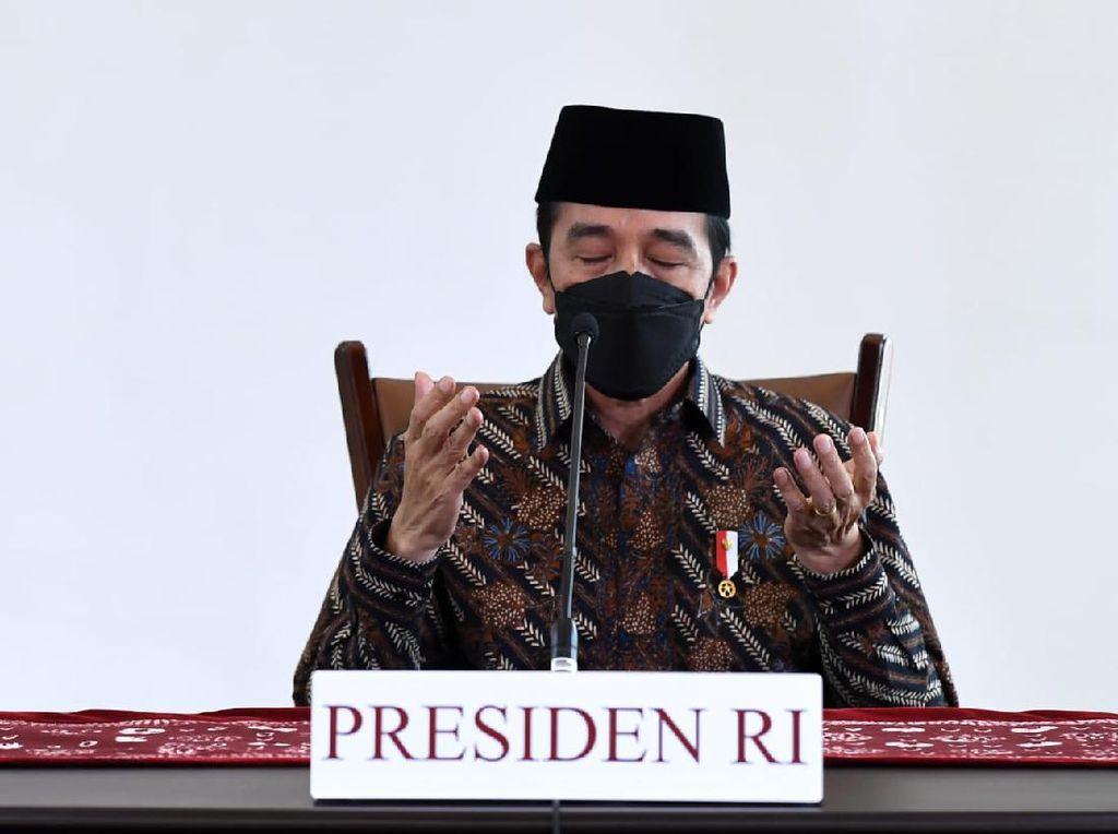 Jokowi di Malam Takbir Idul Adha: Kita Perlu Lebih Banyak Berkorban