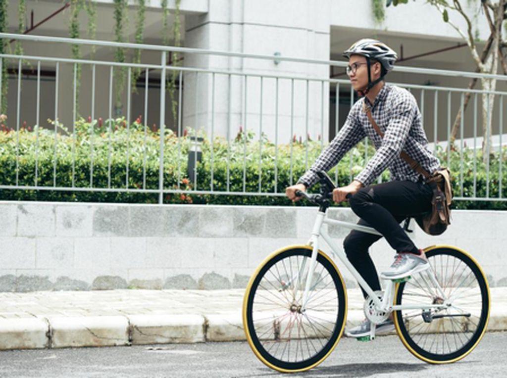 Dear Pengguna Sepeda & Motor, Begini Cara Berkendara Aman dan Nyaman