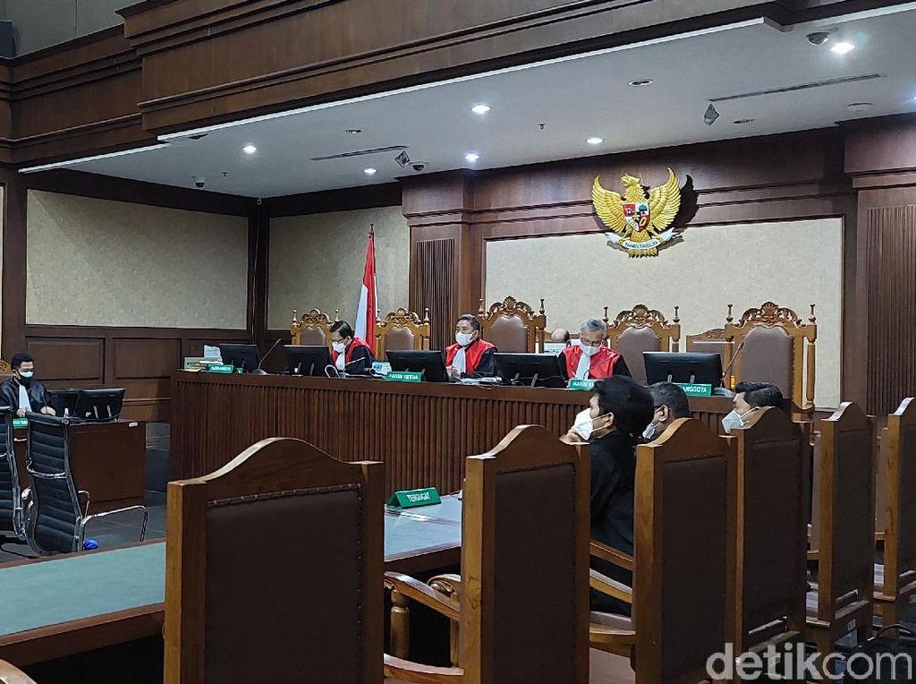 Hakim Tolak Penggabungan Gugatan Ganti Rugi Bansos di Sidang Juliari