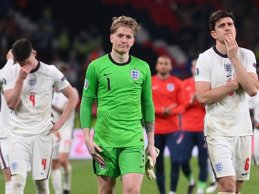 Inggris Patah Hati dan Hancur