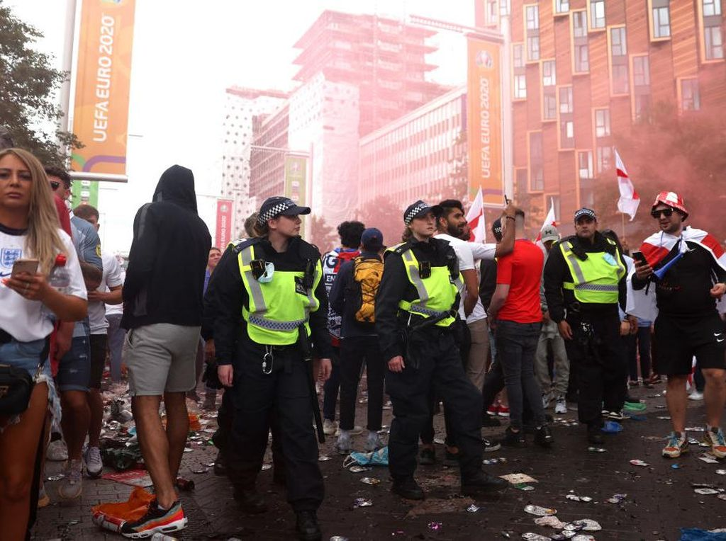 Polisi Inggris Tangkap 86 Orang Karena Rusuh di Final Euro 2020