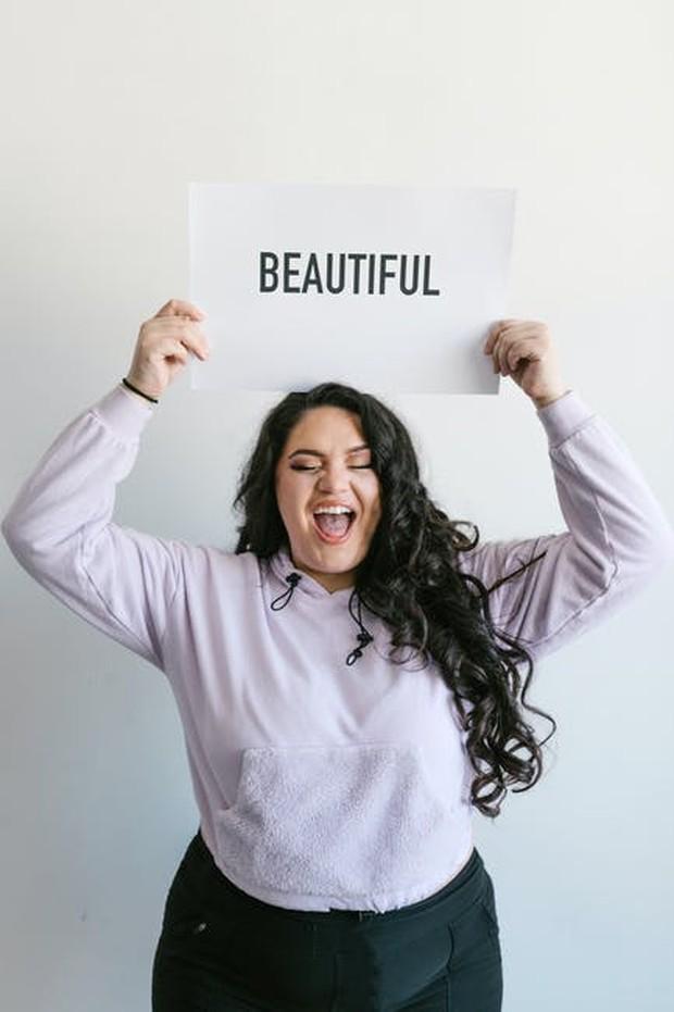 Menentang Standar Kecantikan
