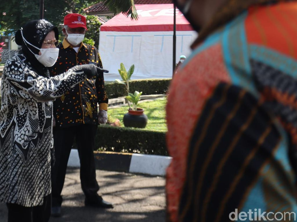 Marahi ASN Wyata Guna Gegara Lelet, Mensos Risma: Saya Pindahin ke Papua