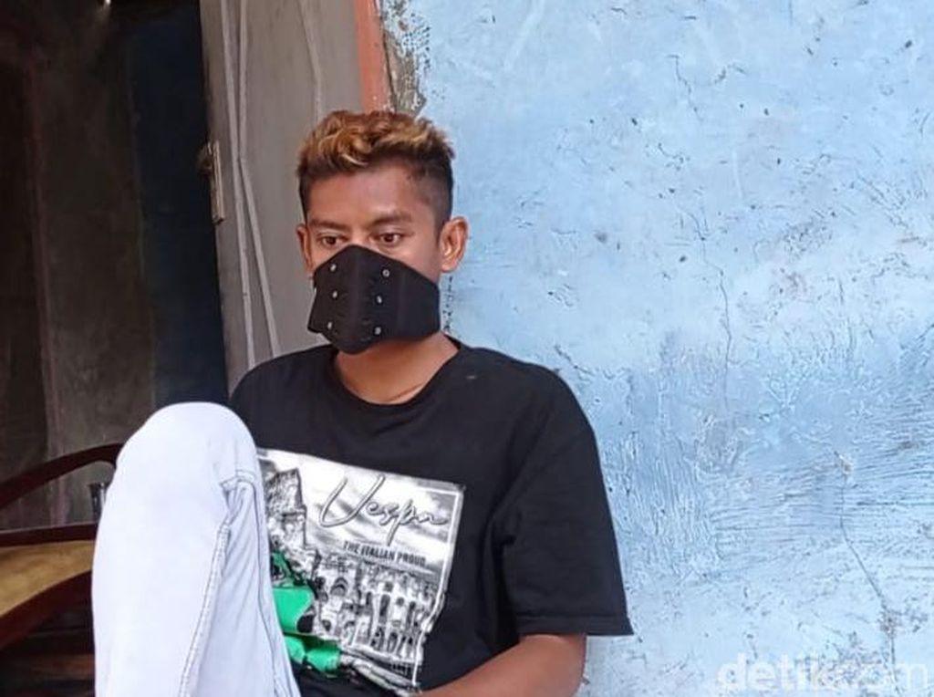 Cerita Sudrajat, Kuli yang Dipecat Sekuriti Gegara Tak Pakai Masker