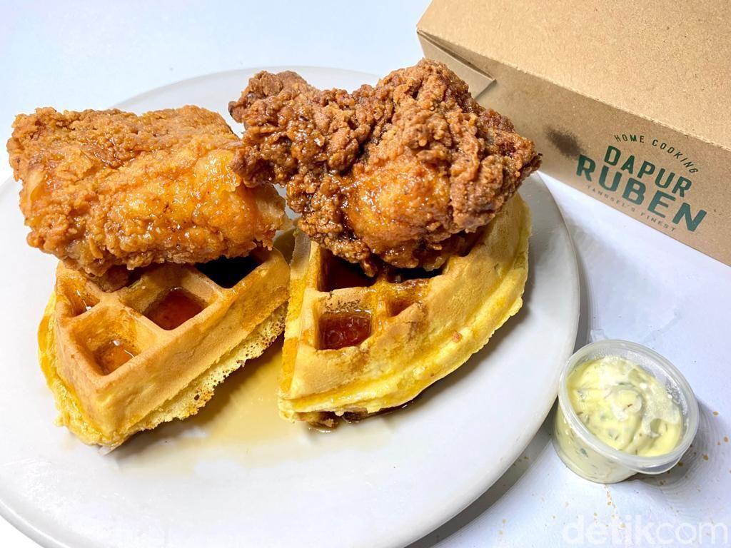 Dapur Ruben: Paduan Unik Waffle dan Buttermilk Fried Chicken khas Georgia