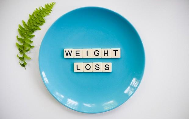 manakah yang lebih cepat turunkan berat badan, diet atau olahraga?
