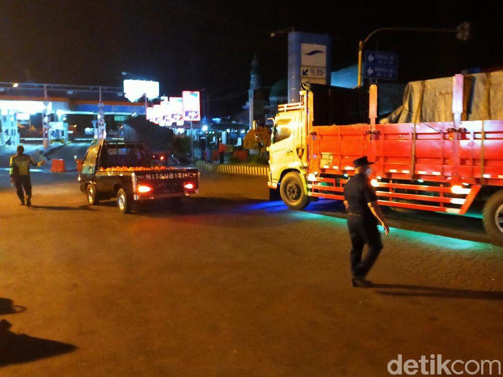 Pelabuhan Ketapang Mulai Malam Ini Ditutup 11 Jam Untuk Kendaraan Non Logistik