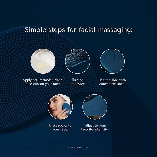 Pemakaian Smart Sonic Facial Cleanser untuk Memijat
