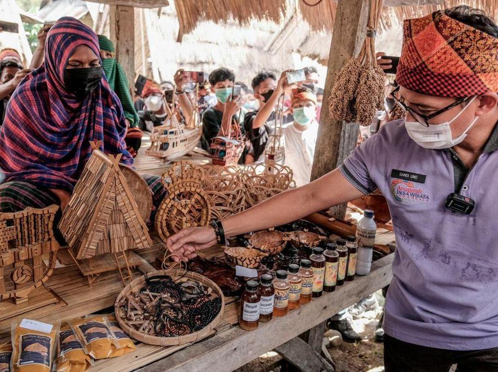 Sandiaga: Kemenparekraf Akan All Out Dorong Penguatan Desa Wisata