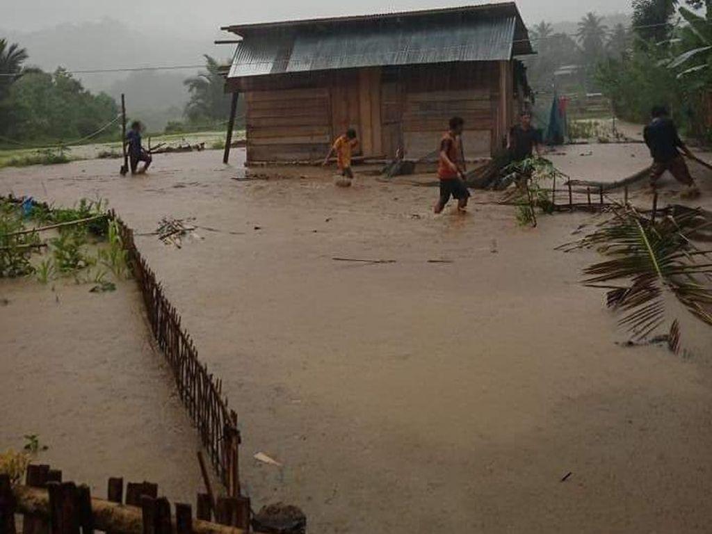 Hujan Deras Sejak Pagi, 3 Desa di Mamasa Sulbar Terendam Banjir