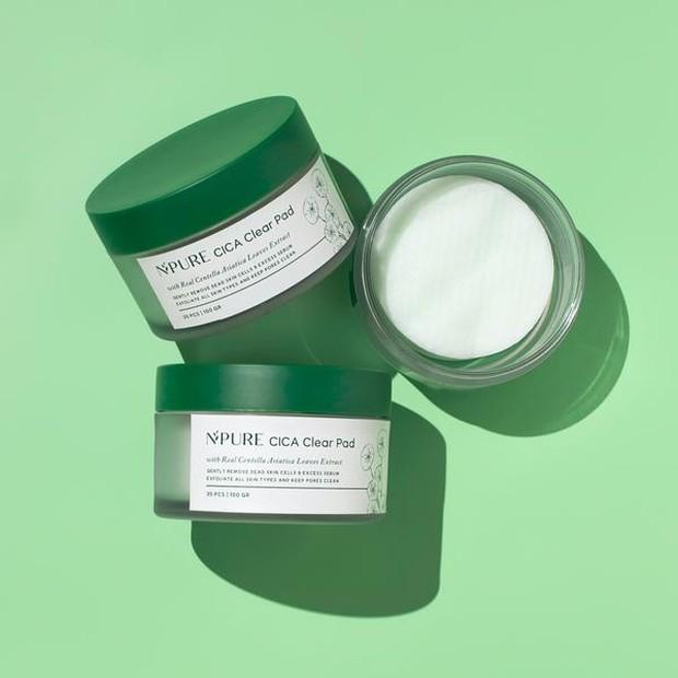 Exfoliating pad untuk angkat sel kulit mati