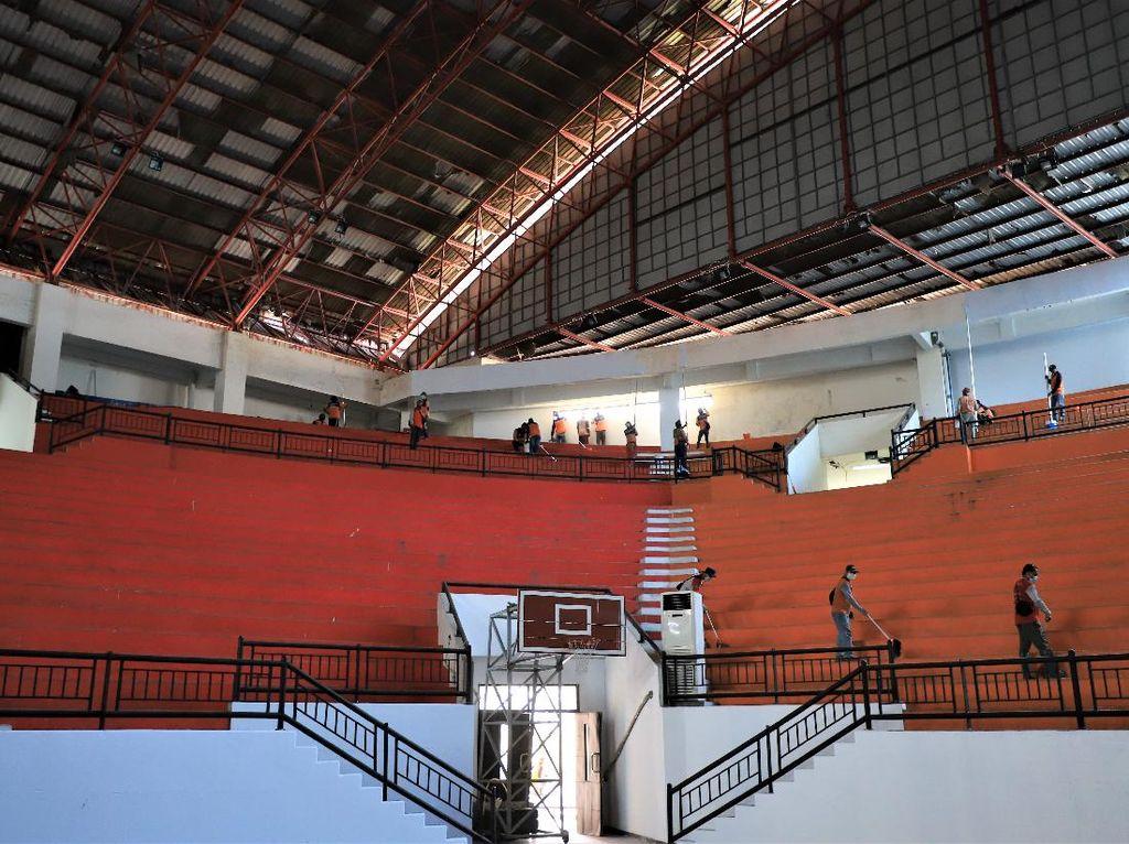 GOR Indoor GBT dan Lapangan Kalibokor Surabaya Diubah Jadi RS Darurat