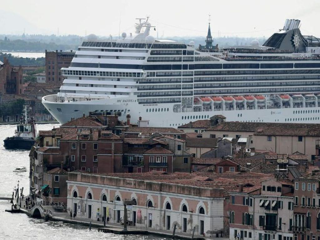 Venesia Larang Kapal Pesiar Lewat di Pusat Kotanya, Lagi