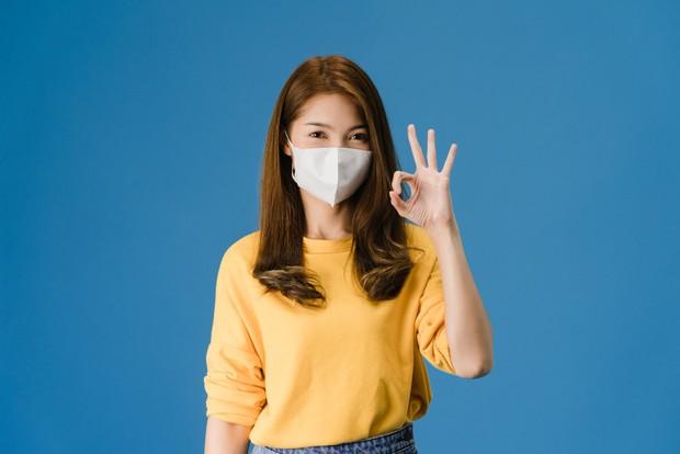 wearing masker
