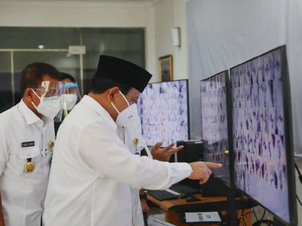 Prabowo Kerahkan TNI untuk Tambah Tempat Tidur Pasien COVID-19