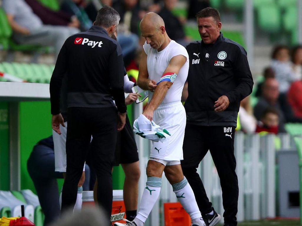 Arjen Robben dan Cedera yang Membuatnya Pensiun Lagi