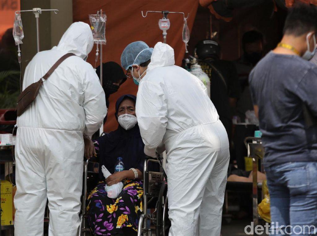 Jokowi Klaim Kasus COVID-19-BOR Menurun, PPKM Darurat Lanjut Sampai Kapan?
