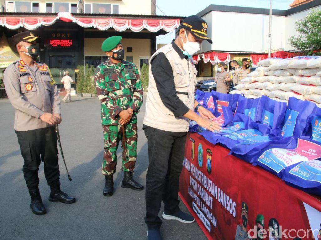 Warga Lamongan Terdampak Pandemi Dapat Gelontoran Bantuan