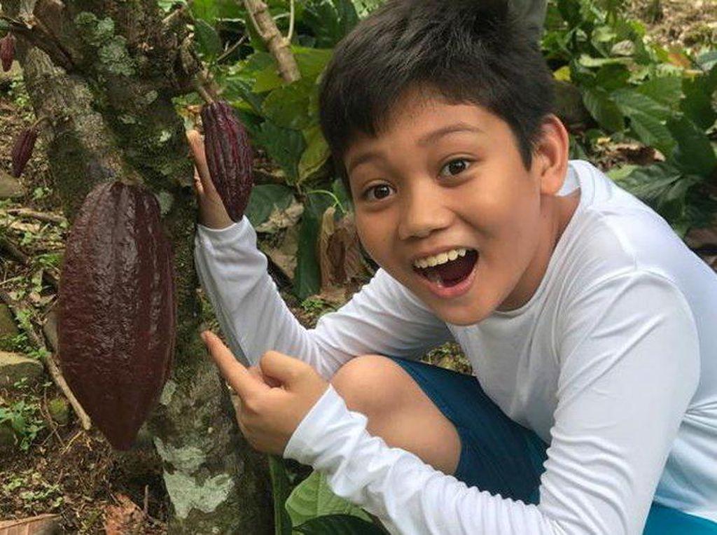 Keren! Bocah 11 Tahun Ini Sukses Jadi CEO Pabrik Cokelat yang Dermawan