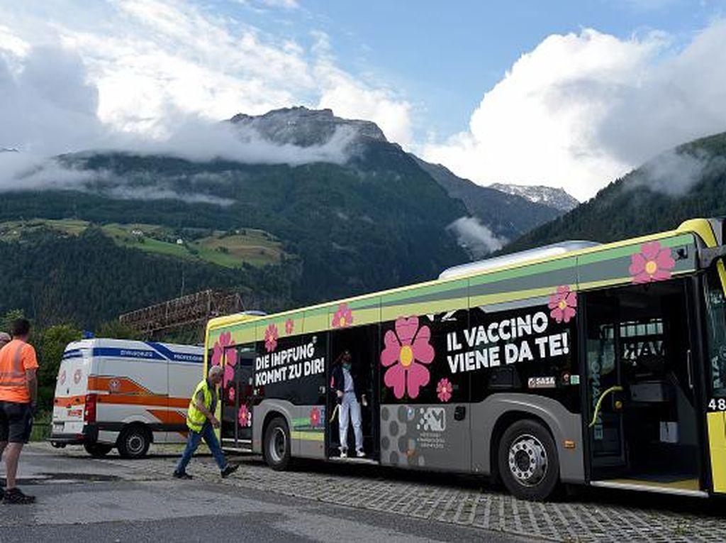Kenalan dengan Sasa, Bus Vaksinasi Keliling di Italia