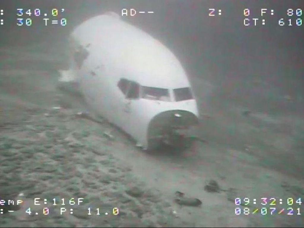 Potret Mengerikan Bangkai Pesawat Boeing 737 yang Jatuh di Hawaii