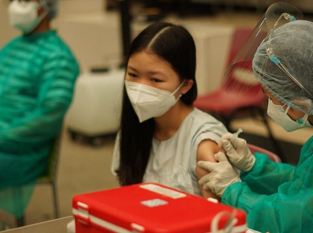 Tanggapan KPCPEN soal Survei LSI 84,9% Warga Setuju Vaksinasi
