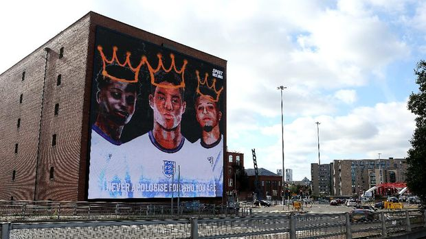 MANCHESTER, ENGLAND - JULY 14: A general view of the mural at Trafford Park is seen on July 14, 2021 in Manchester, England. A Giant mural in support of the three England footballers Marcus Rashford, Jadon Sancho and Bukayo Saka has been unveiled in Manchester. The England stars were targeted with racist abuse online after they missed penalties in the Euro 2020 final leading to defeat by Italy. (Photo by Charlotte Tattersall/Getty Images)