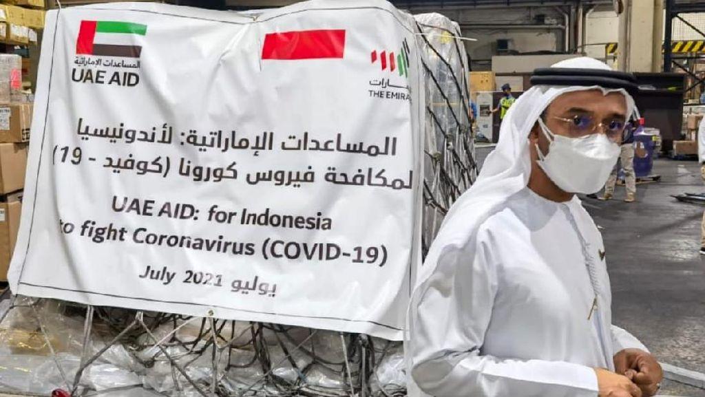 Perangi COVID-19, UEA Kirim 54 Ton Bantuan Kesehatan ke Indonesia