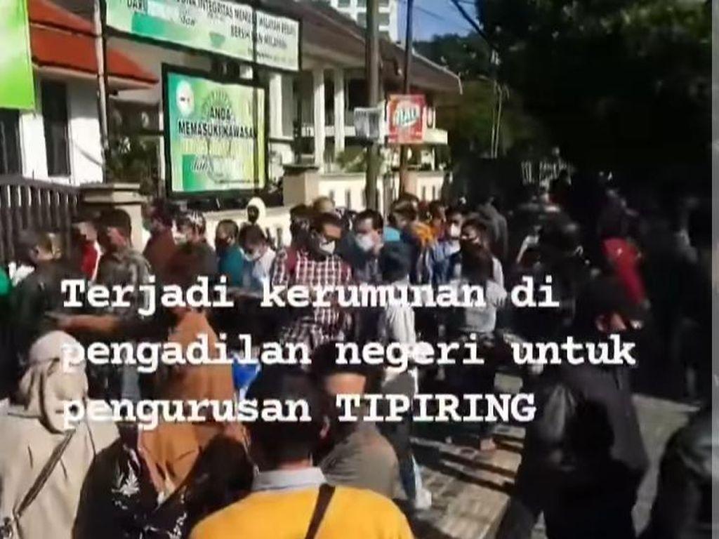 Viral Kerumunan Warga di PN Bandung Urus Tipiring PPKM Darurat