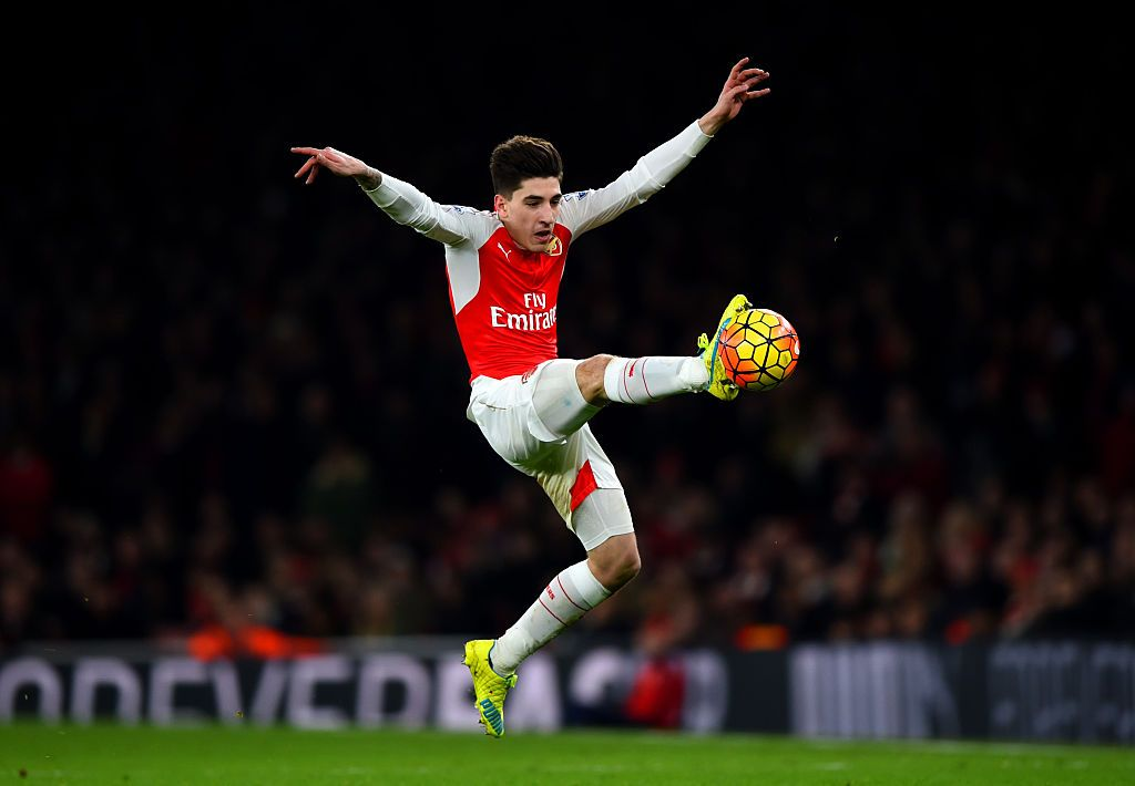 LONDON, ENGLAND - MAY 06:  Hector Bellerin of Arsenal during the UEFA Europa League Semi-final Second Leg match between Arsenal and Villareal CF at Emirates Stadium on May 06, 2021 in London, England. Sporting stadiums around Europe remain under strict restrictions due to the Coronavirus Pandemic as Government social distancing laws prohibit fans inside venues resulting in games being played behind closed doors. (Photo by Shaun Botterill/Getty Images)