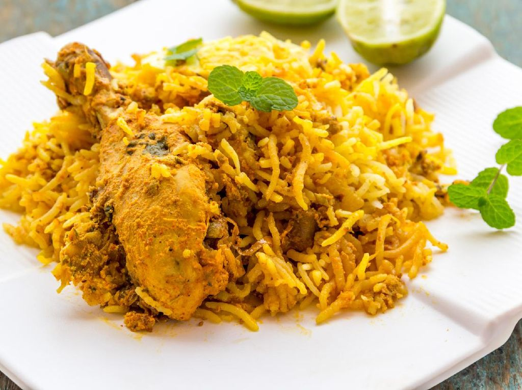 Resep Nasi Biryani Ayam yang Berempah Sedap dan Praktis