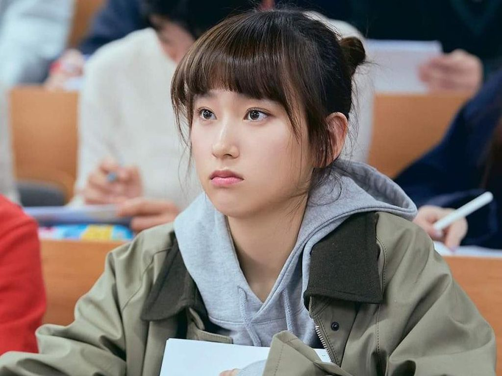 6 Rekomendasi Film/Drama Korea yang Diperankan Ryu Hye Young
