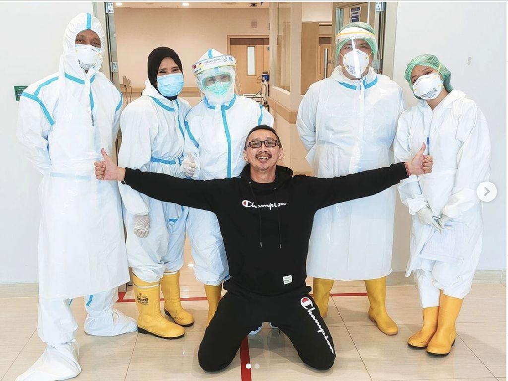 Abu Janda: Paru 25% Rusak, Saya Selamat dari COVID karena Plasma Konvalesen
