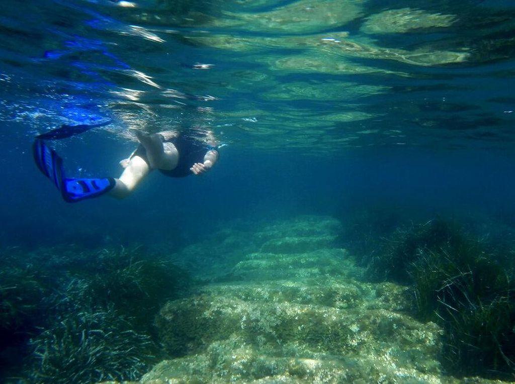 Asyiknya Bertualang ke Pelabuhan Kuno Berusia 2.400 Tahun di Siprus