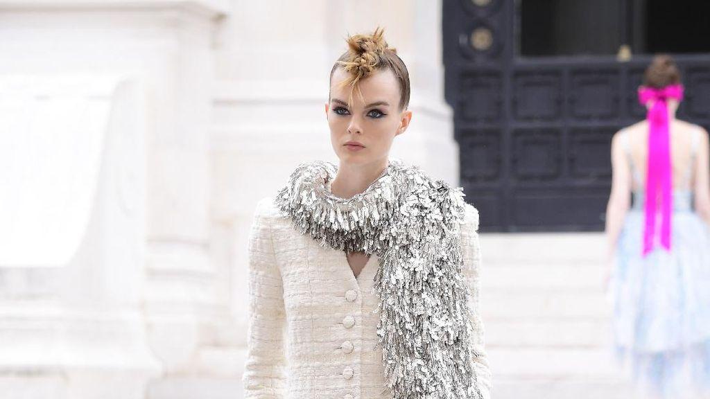 10 Koleksi Busana Chanel Couture Fall 2021, Terinspirasi Lukisan Impresionisme