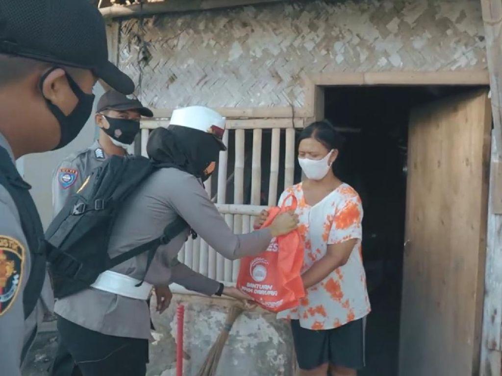 Terdampak PPKM, Nelayan-Pedagang di Pulau Biawak Terima Sembako